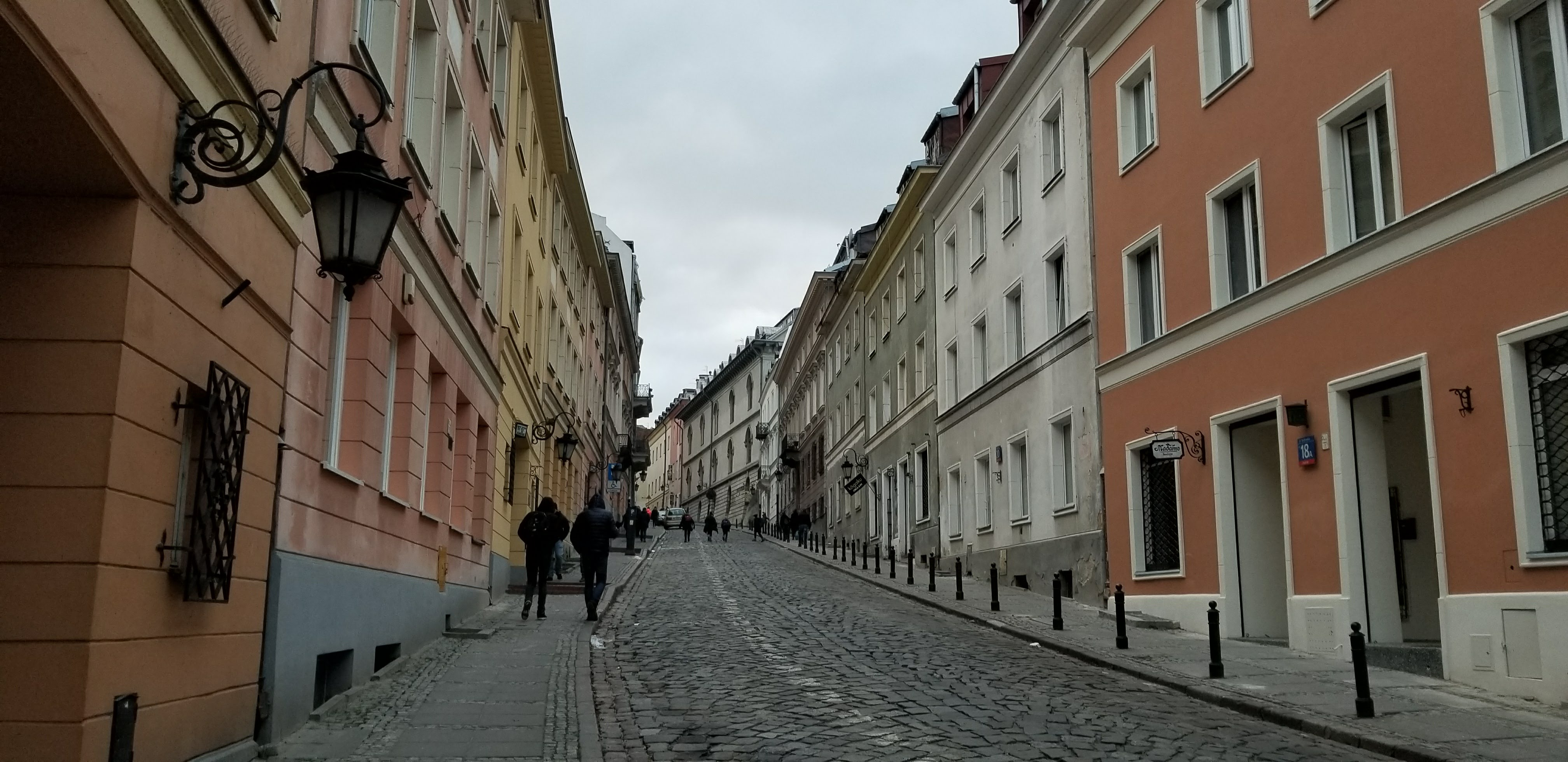 CAPAStudyAbroad_London_Fall2017_From Thaddeus Kaszuba - Vibrant Colors in a Lane in Old Town Warsaw, Poland.jpg