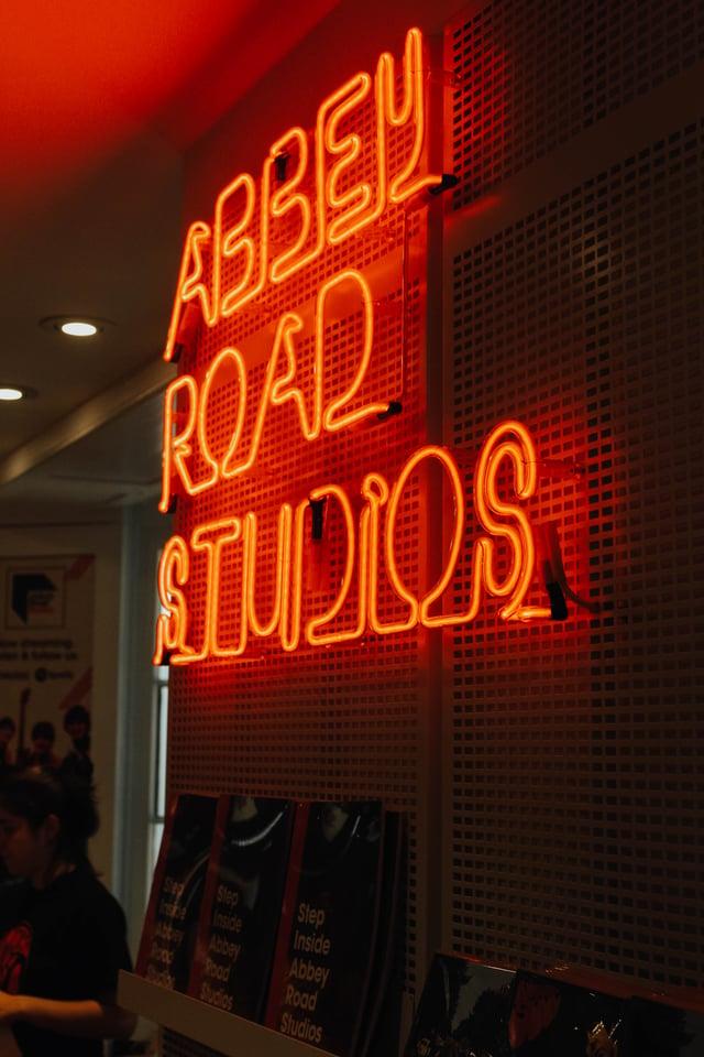 Crom Ryan Crotty - Abbey Road Studios