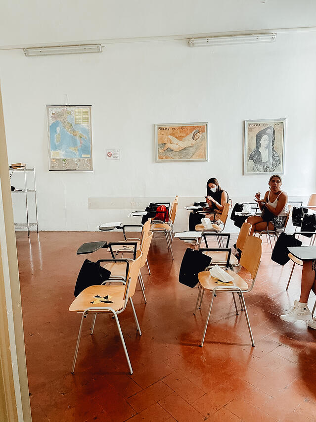CAPAStudyAbroad_Summer2020_Florence_Maddie Anderson_CAPA class room
