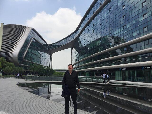 CAPAStudyAbroad_Spring2018_Shanghai_From Colin Speakman - Colin in a City