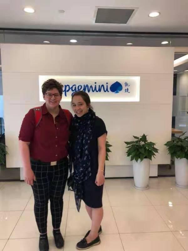 Madi and Lauren both interns at Capgemini Invent