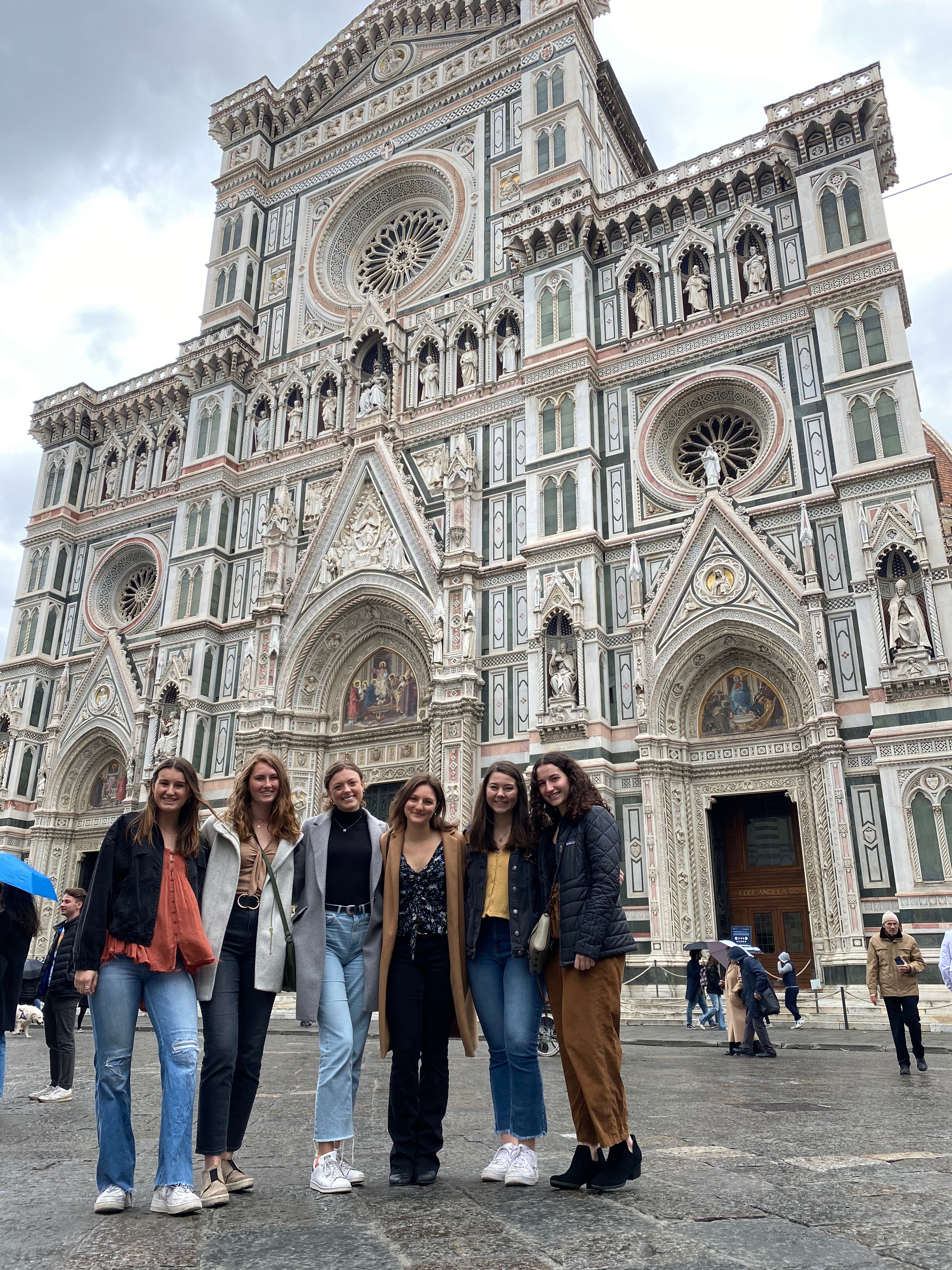 CAPAStudyAbroad_Spring2020_Florence_Sara Shriber_Picture of Friends #2