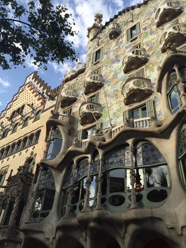 #1 CAPAStudyAbroad_Barcelona_Summer2017_Casa Batllo