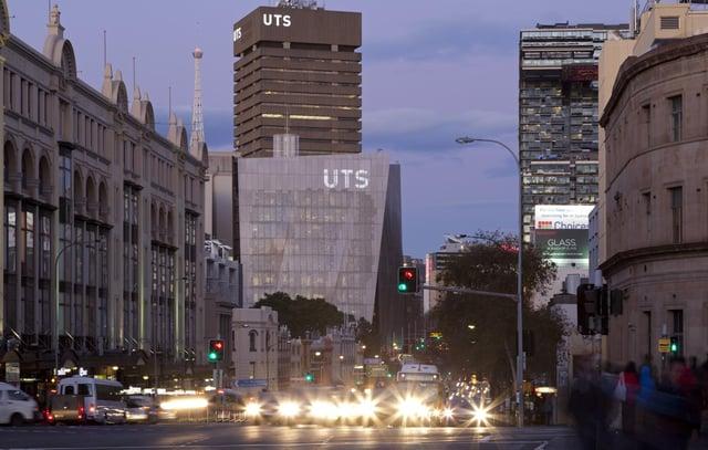UTS Image 1 Alternative_Campus-gateway_credit_Andrew_Worssam