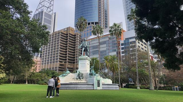 CAPAStudyAbroad_Summer2019_Sydney_Fidel Anderson_Inside Sydneys City Center