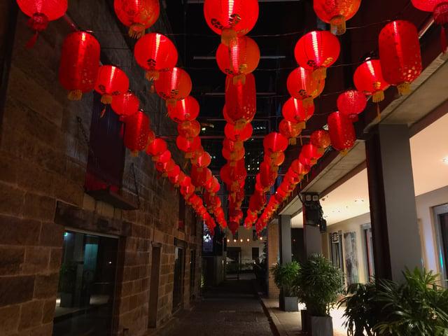 Rocks Lanterns