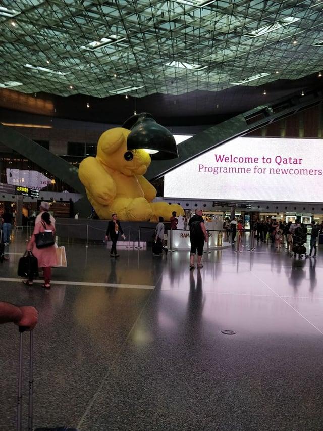 CAPAStudyAbroad_Sydney_Summer2018_From Marianne Zarzar - Layover in Doha, Qatar, Seeing the Huge Teddy Bear