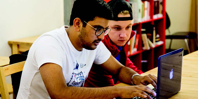 Featured Image_Students Getting work done