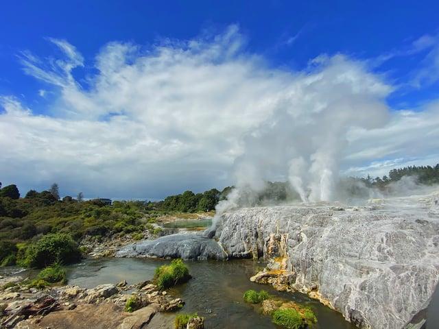 CAPAStudyAbroad_Fall 2019_Sydney_Minh Ta_Rotorua Geysers in Te Puia
