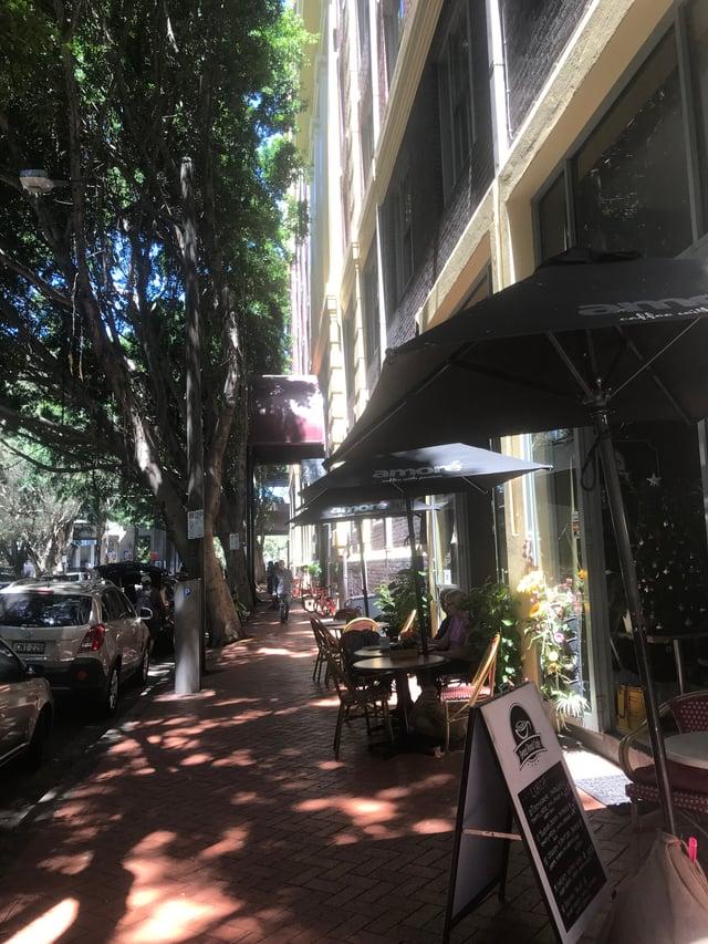 Pyrmont Street in Sydney