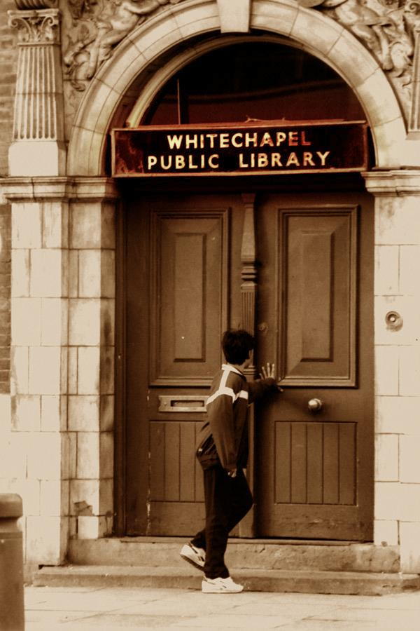 Old Photo of Whitechapel Library
