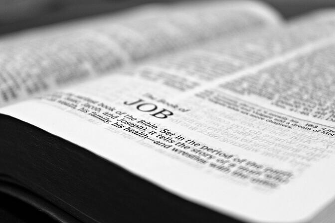 bible-1322790_1920.jpg