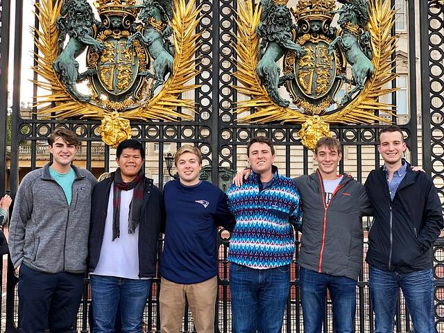 Me & Friends In Front of Buckingham Palace