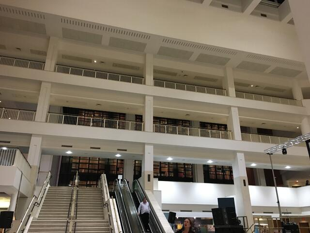 The British Library is enormous and has free WIFI and outlets!