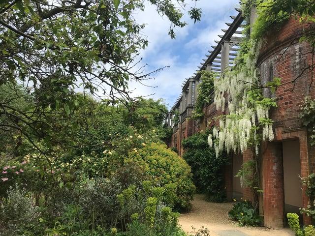 Gardens And Pergola