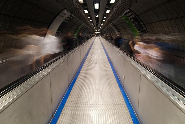 tube-839268_640.jpg