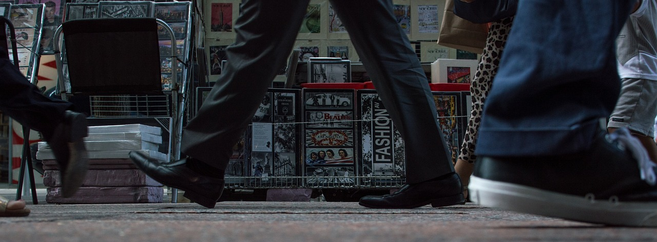 walking-690734_1280.jpg