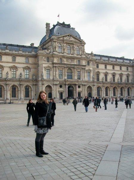 CAPAStudyAbroad_London_Spring2010_Louvre